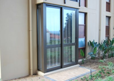 2-pane-palace-sliding-door-with-fixed-side-lights-double-glazed-w1920